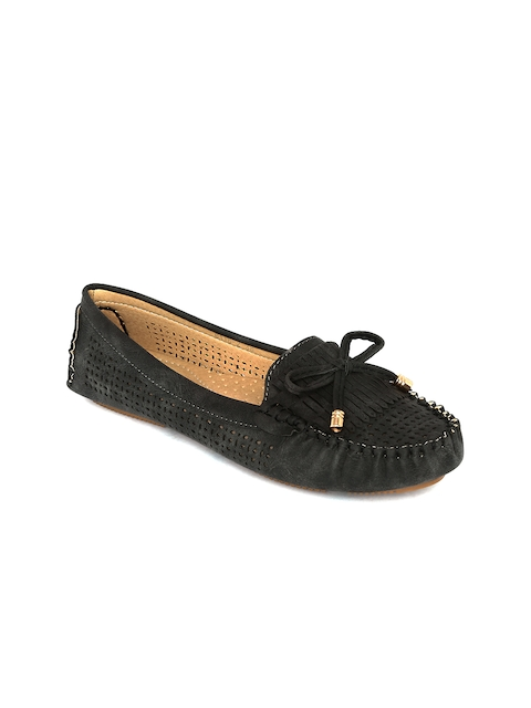Flat n Heels Women Black Loafers