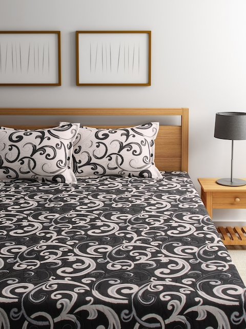 ROMEE Black Printed Polycotton Double Bed Cover with 2 Pillow Covers