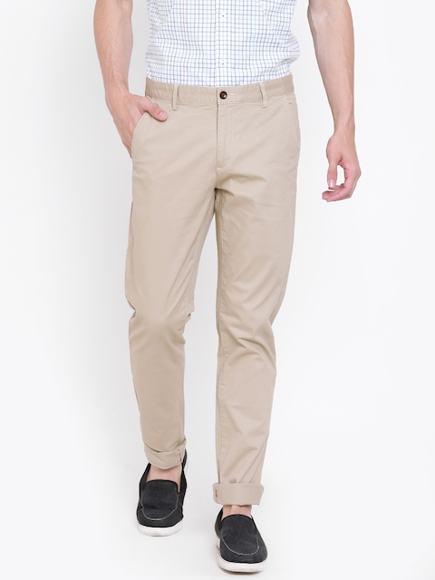 Arrow Sport Men Beige Chrysler Tapered Fit Solid CasualTrousers