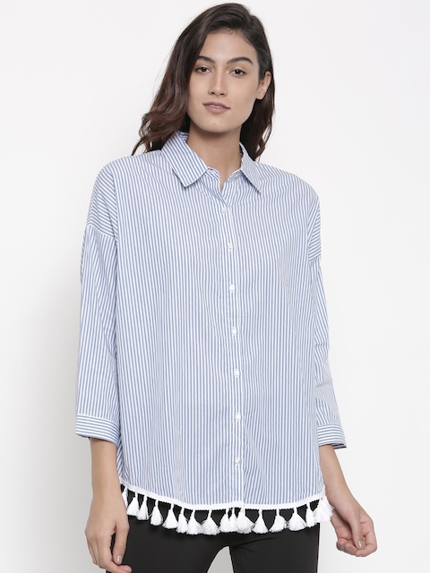 FOREVER 21 Women White & Blue Regular Fit Striped Casual Shirt