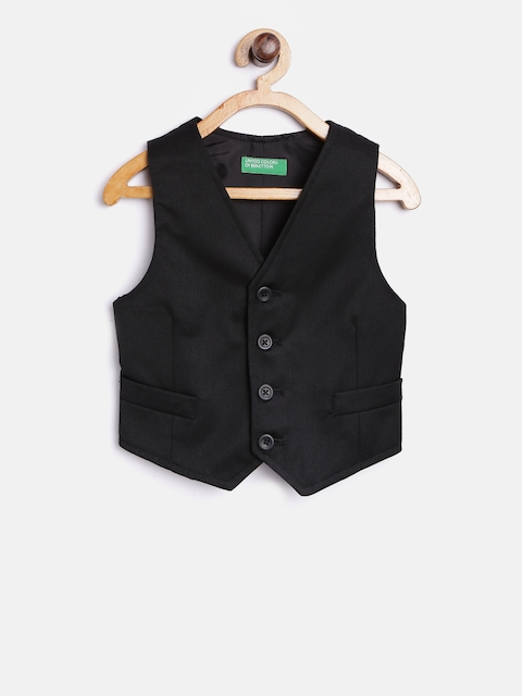 United Colors of Benetton Boys Black Solid Waistcoat