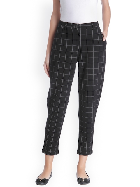 ONLY Women Black & White Regular Fit Checked Trousers