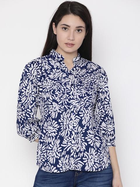 Park Avenue Woman Blue & White Regular Fit Printed Casual Shirt