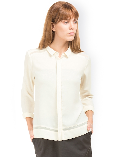 Arrow Woman Off-White Classic Regular Fit Solid Casual Shirt