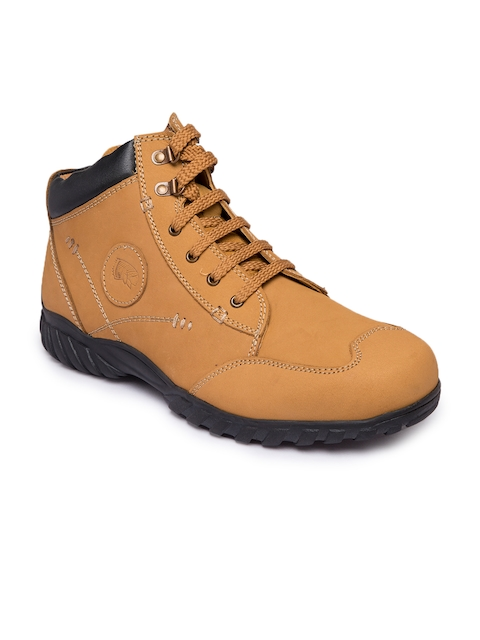 Red Chief Men Tan Solid Leather Trekking Shoes