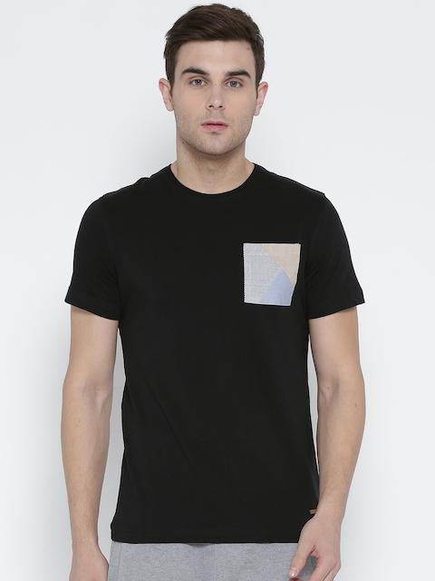 Park Avenue Men Black Solid Round Neck T-shirt