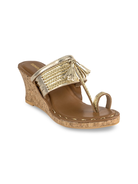 Signature Sole Women Gold-Toned Woven Design Sandals
