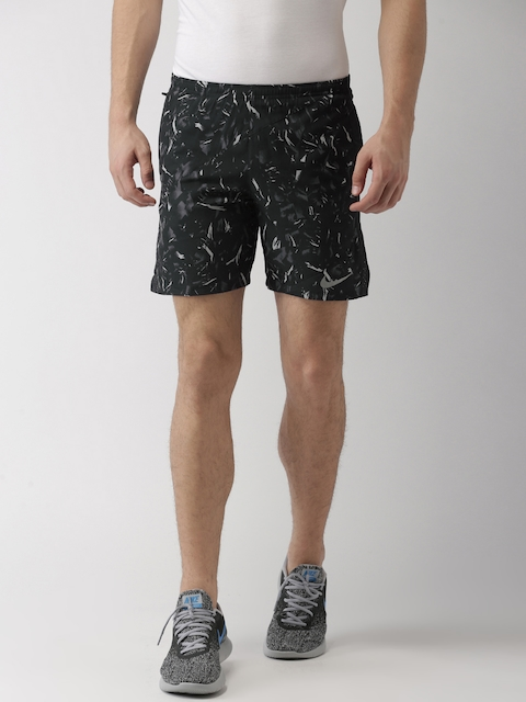 Nike Men Black & Grey Printed AS M NK FLX 7IN DSTNCE P Sports Shorts