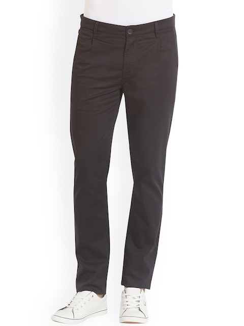 SPYKAR Men Black Relaxed Slim Fit Solid Regular Trousers