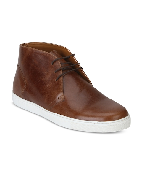 Red Tape Men Tan Flat Boots