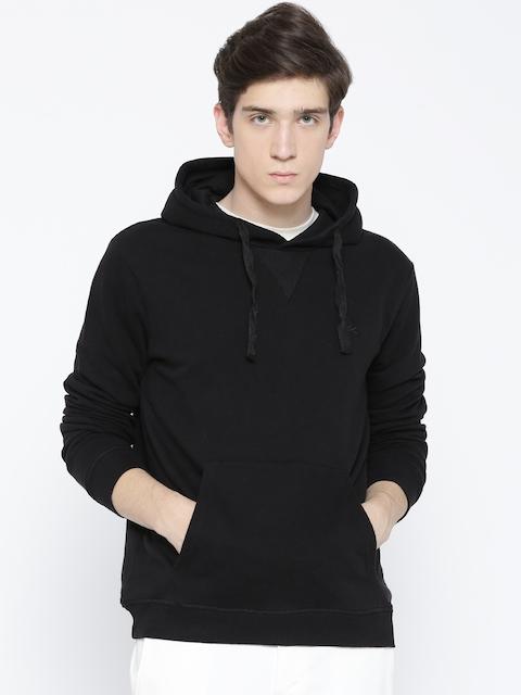 United Colors of Benetton Men Black Solid Hooded Sweatshirt