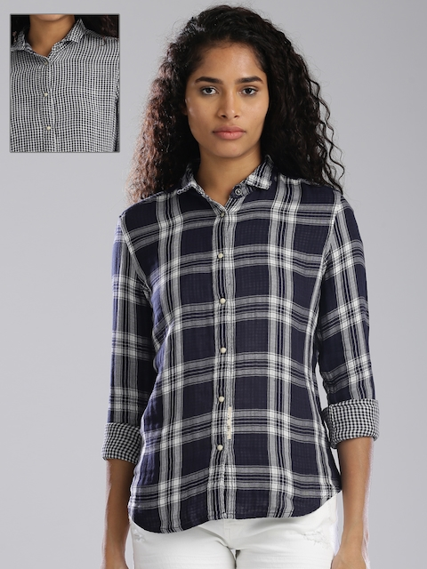 Levis Women Navy & Off-White Regular Fit Checked Casual Shirt