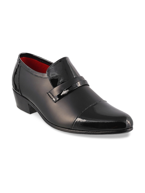 Metro Men Black Leather Semiformal Shoes