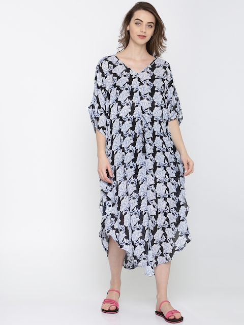 The Kaftan Company Blue & Off-White Cover-Up Dress KR_VS_MAGNET05