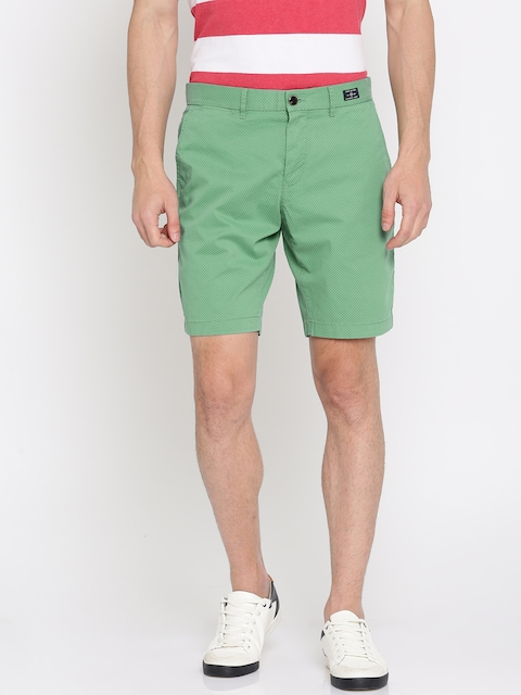 Tommy Hilfiger Men Green Printed Slim Fit Regular Shorts