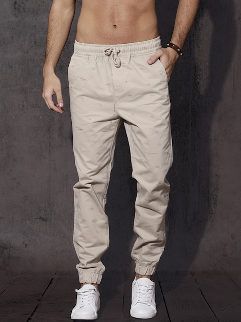 Roadster Men Beige Regular Fit Printed Joggers