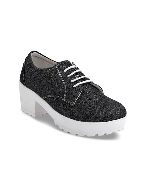 Meriggiare Women Grey Solid Heeled Boots