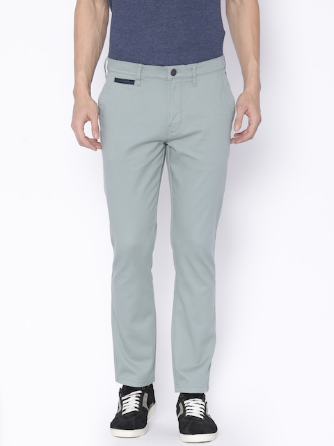 Wrangler Men Green Tailored Slim Fit Solid Chinos