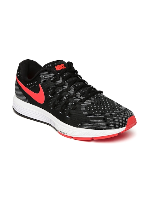 Nike Men Black Air Zoom Vomero 11 Running Shoes
