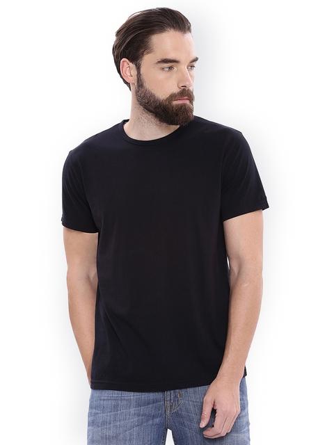 GANT Men Black Solid Round Neck T-shirt