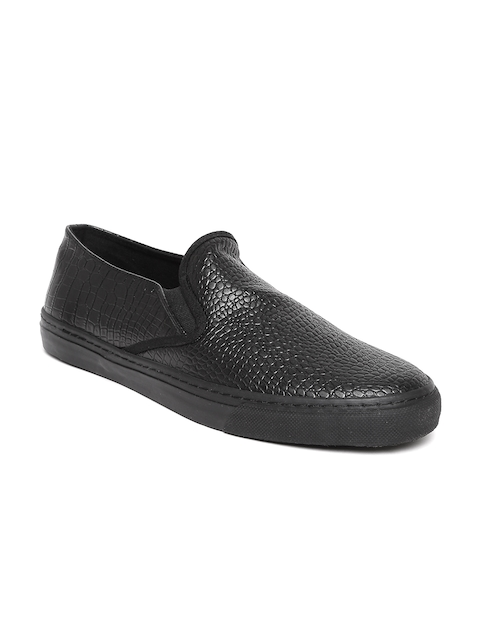 United Colors of Benetton Men Black Textured Loafers