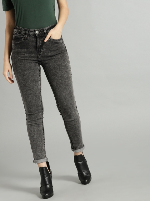 Roadster Women Black Slim Fit Mid-Rise Clean Look Stretchable Jeans