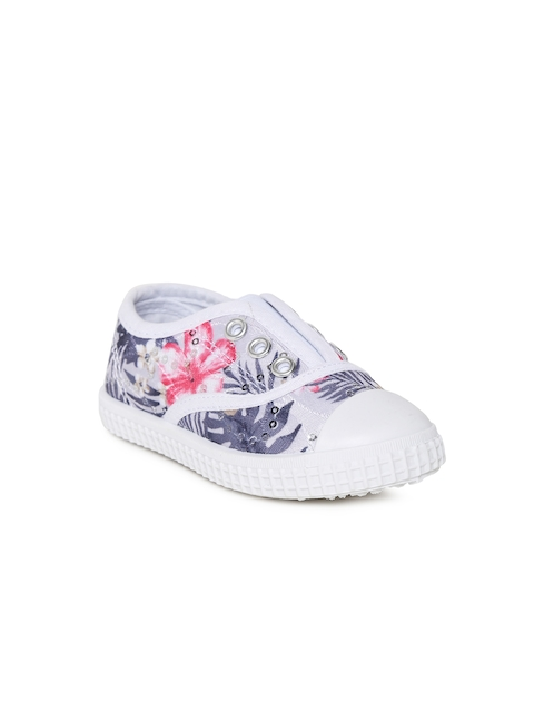 Fame Forever by Lifestyle Girls White Printed Slip-On Sneakers