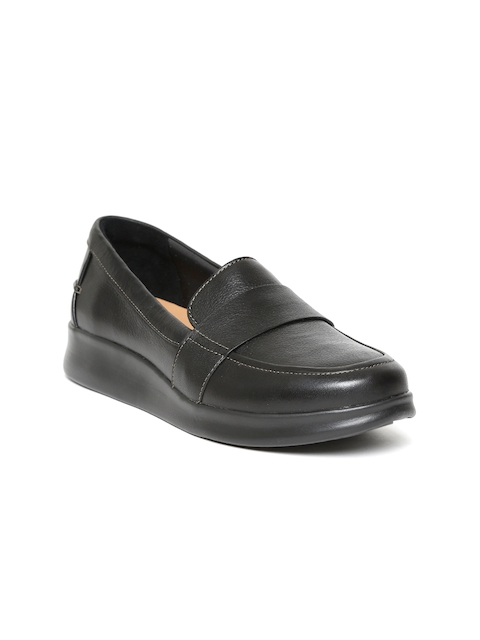 Clarks Women Black Leather Loafers