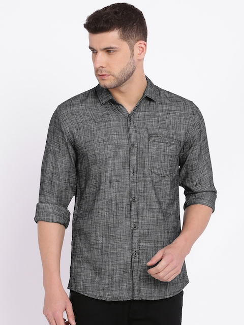 Wrangler Men Black Regular Fit Solid Casual Shirt