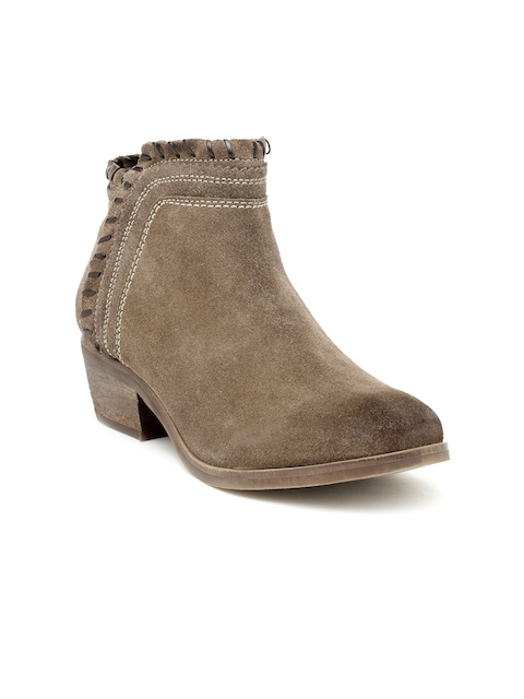 iLO Women Brown Solid Heeled Boots