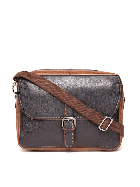f22bff38ba8 Men Messenger Bags Online Offers  Upto 50% Off Sale + Upto 10 ...