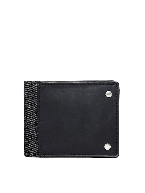 Levis Men Black Solid Two Fold Leather Wallet