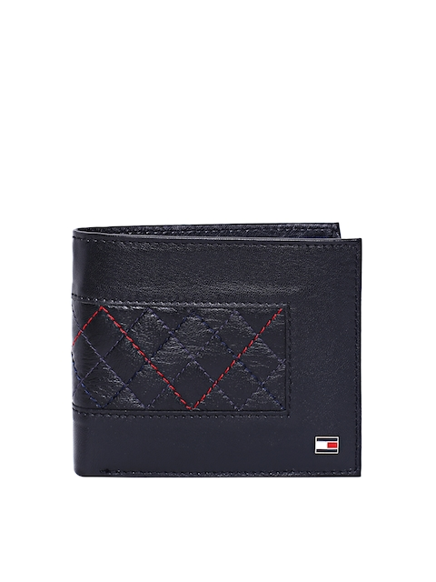 Tommy Hilfiger Men Black Quilted Leather Two Fold Wallet