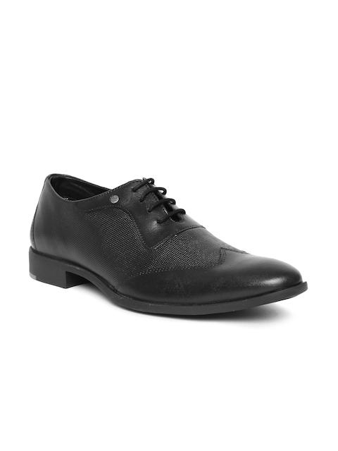 Blackberrys Men Black Textured Leather Oxfords