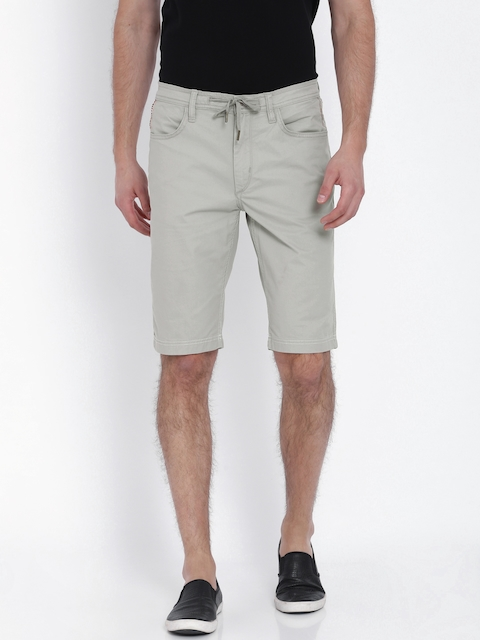 Lee Men Grey Solid Slim Fit Chino Shorts