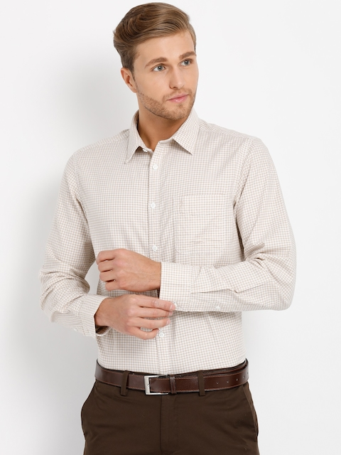 Indian Terrain Men Beige & White Regular Fit Checked Formal Shirt