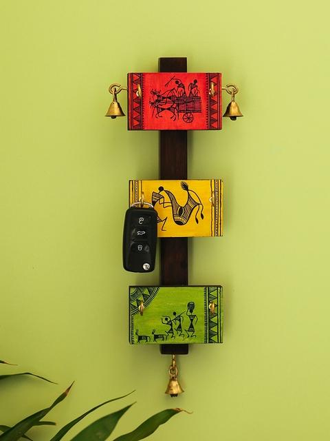 ExclusiveLane Multicoloured Warli Hand-Painted Pine & Teak Wood Key Holder
