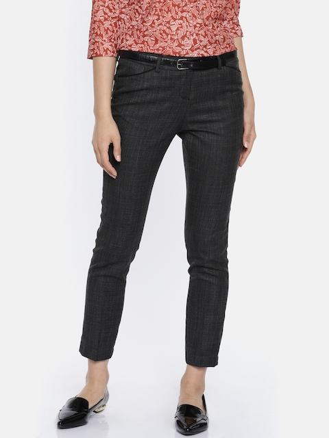 b5b6d71839550 25%off Arrow Woman Black Original Regular Fit Self Design Formal Trousers