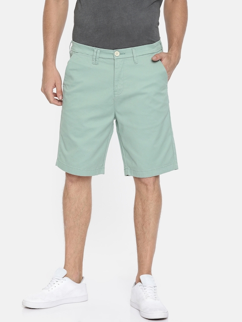 Wrangler Men Green Solid Slim Fit Chino Shorts