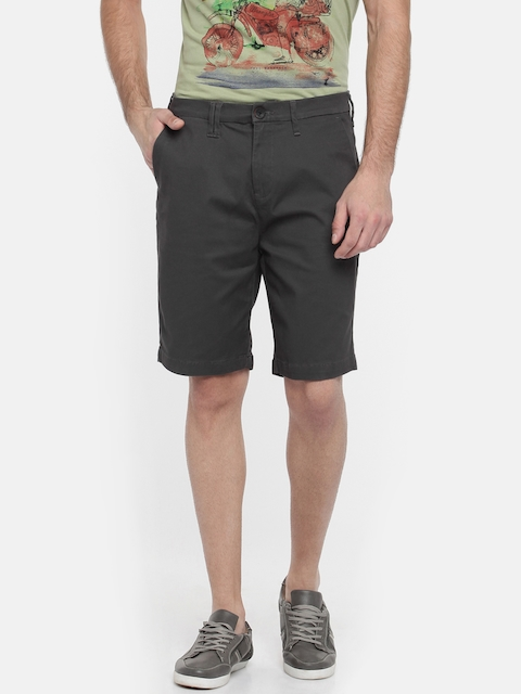 Wrangler Men Charcoal Grey Solid Slim Fit Chino Shorts