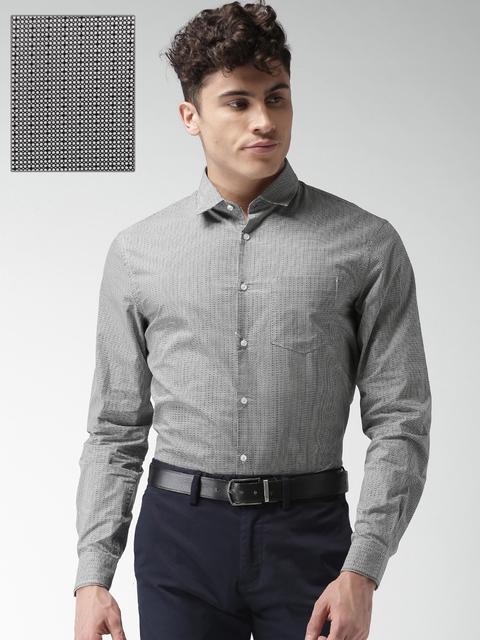 c04697f8d4d 50%off Celio Men Black   Off-White Regular Fit Printed Formal Shirt
