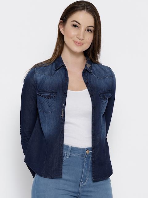 Wrangler Women Blue Regular Fit Washed Denim Shirt
