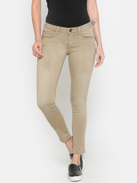 Wrangler Women Beige Skinny Fit Low-Rise Clean Look Stretchable Jeans
