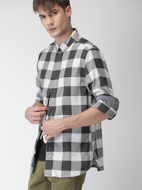 Tommy Hilfiger Men Black & Grey Original Regular Fit Checked Casual Shirt