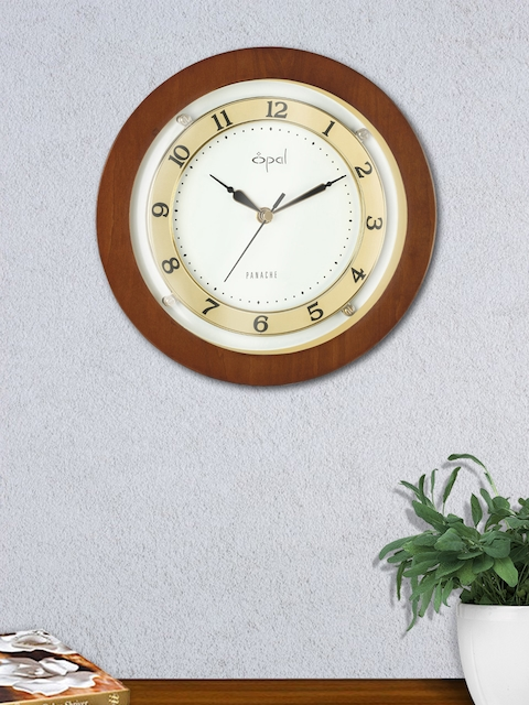 Opal Cream-Coloured Round Solid 24 cm Analogue Wall Clock