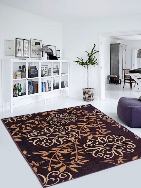 Status Brown Geometric Patterned Carpet