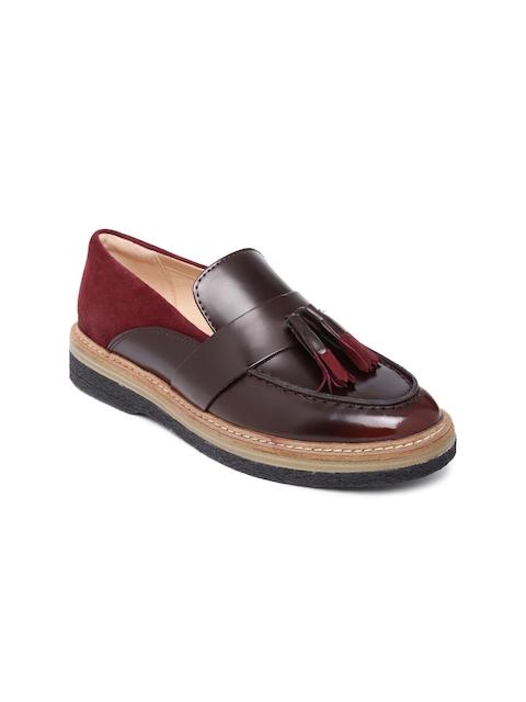 Clarks Women Brown & Burgundy Loafers