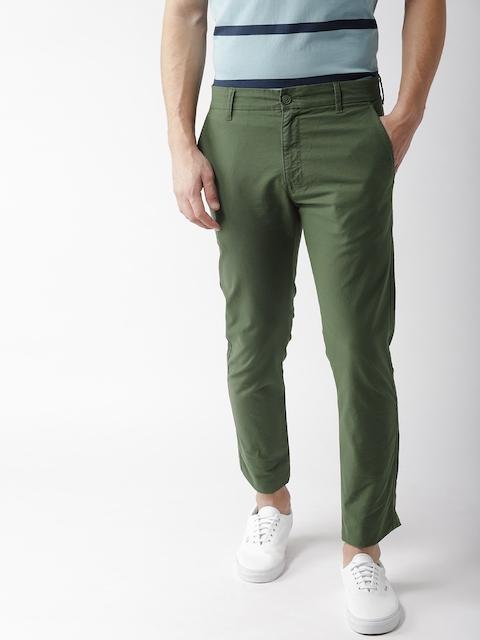Levis Men Green Regular Fit Solid Chinos 512