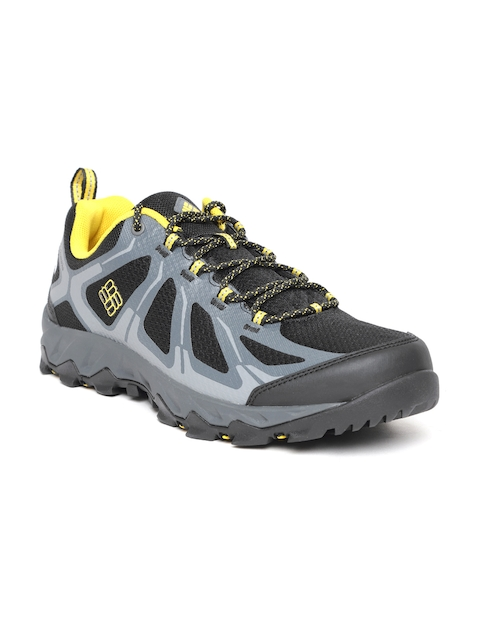 Columbia Men Black & Grey PeakFreak XCRSN II XCEL LOW OUTDRY Hiking Shoes