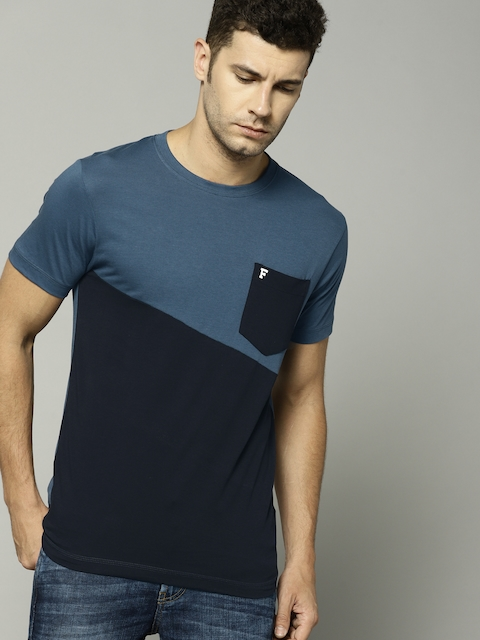 f9a383749 45%off French Connection Men Blue & Black Colourblocked Round Neck T-shirt